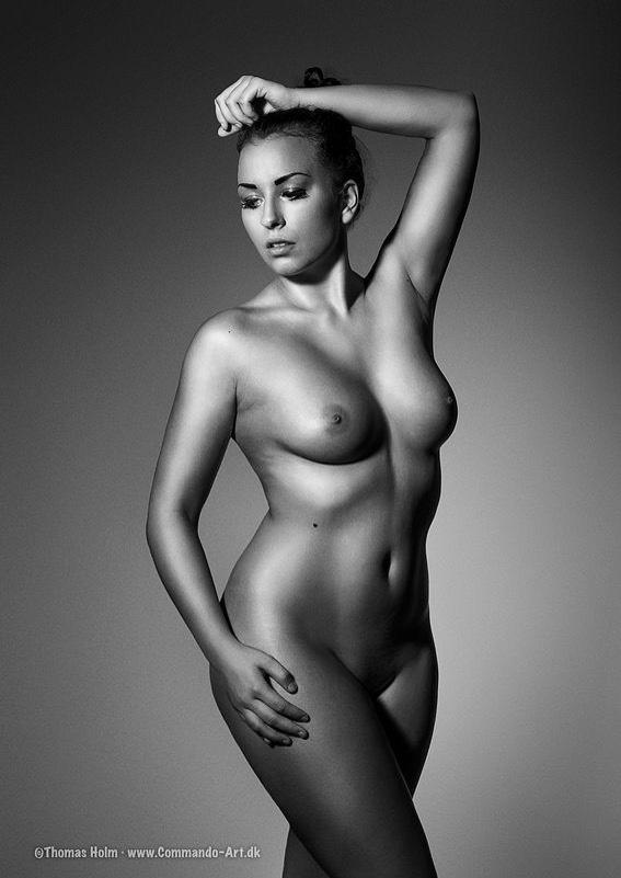 Amalie Szigethy bryster nudist København